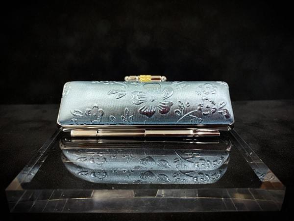盒子-wa¥1,500+税